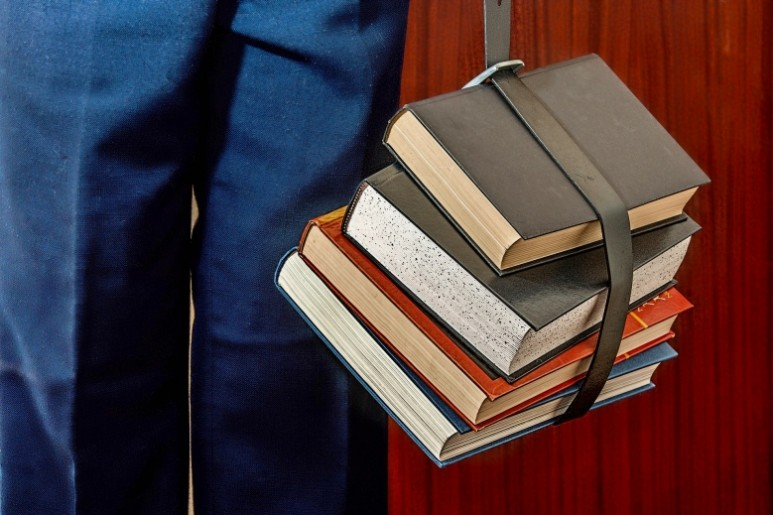 books_jo_fotor